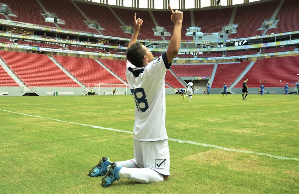 Pedrinho marcou o primeiro gol como profissional - Foto: Ricardo Botelho/Brasília FC