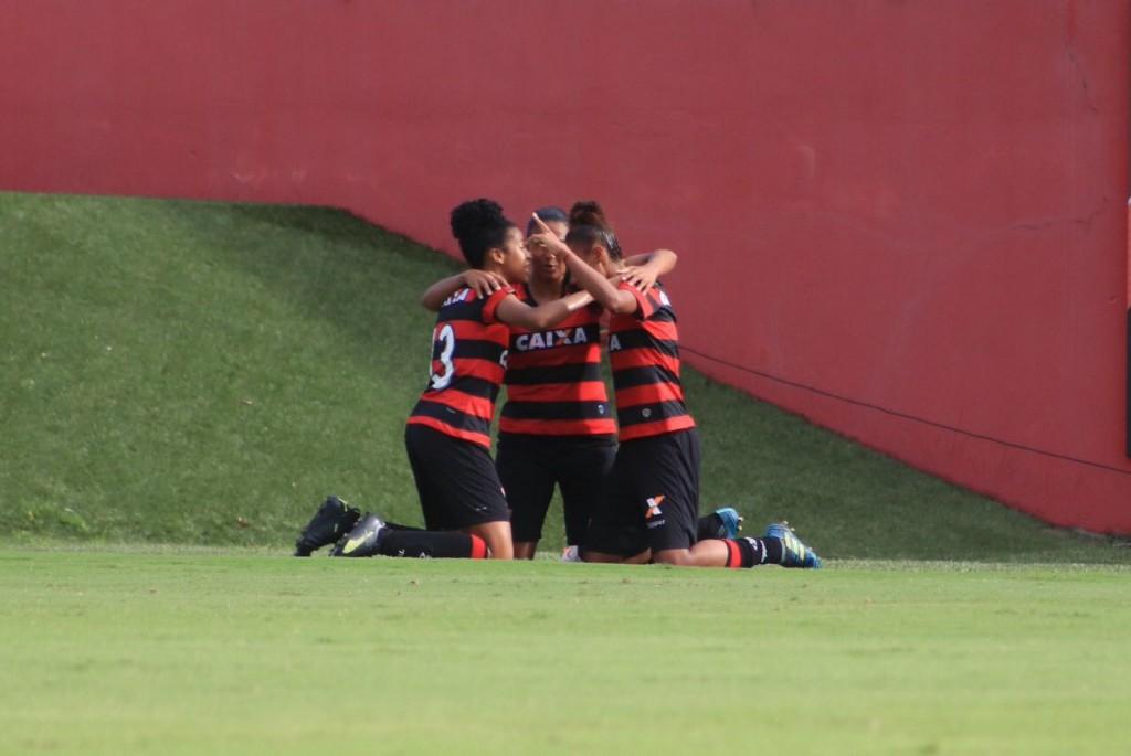 Gadu marcou o segundo gol do Vitória e empatou o placar em 2x2, deixando decisão para a próxima quinta, no Abadião - Foto: Divulgação/EC Vitória